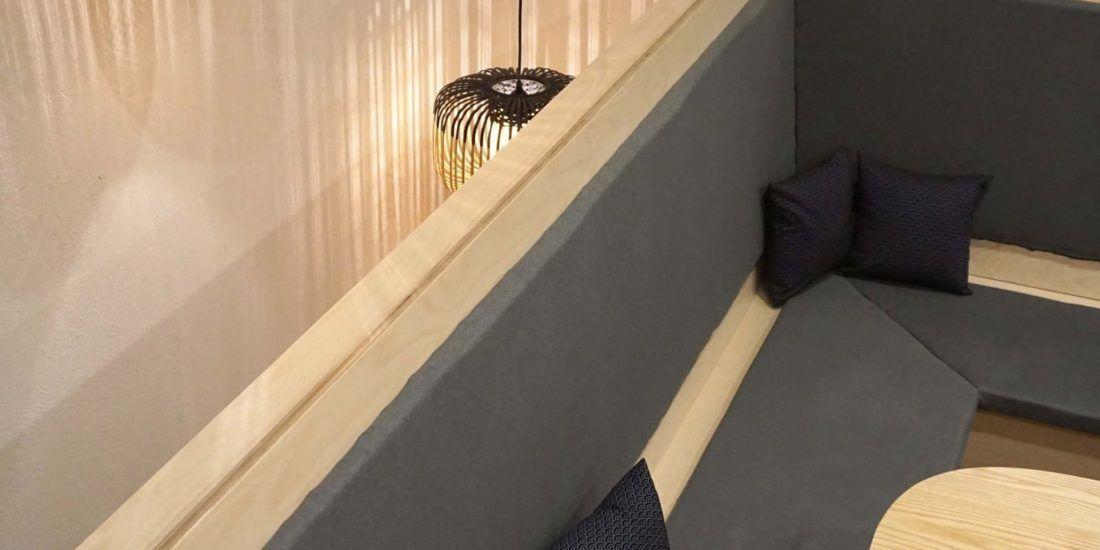 Banquette angle - Amenagement tapisserie Hana Bento - Etage rue de Paradis - 1