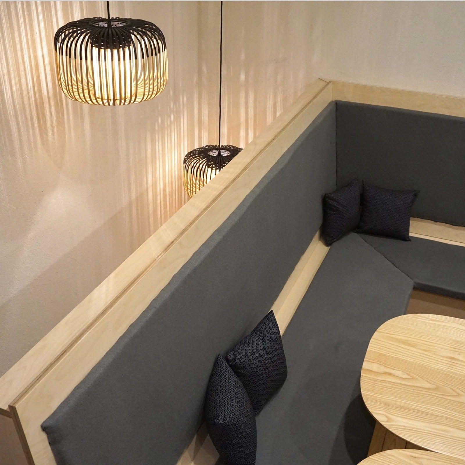 Banquette angle – Amenagement tapisserie Hana Bento – Etage rue de Paradis – 1