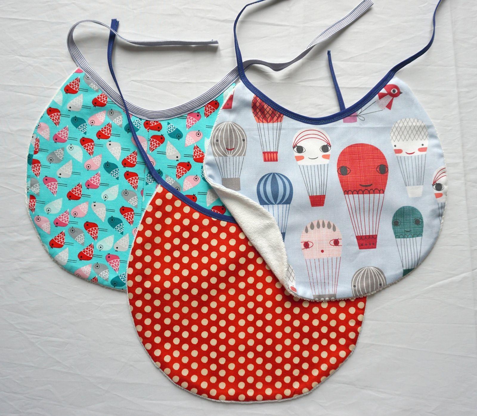 Bavoirs – Bebes – Tissus imprimes et coton bouclette – Accessoires enfants – 2
