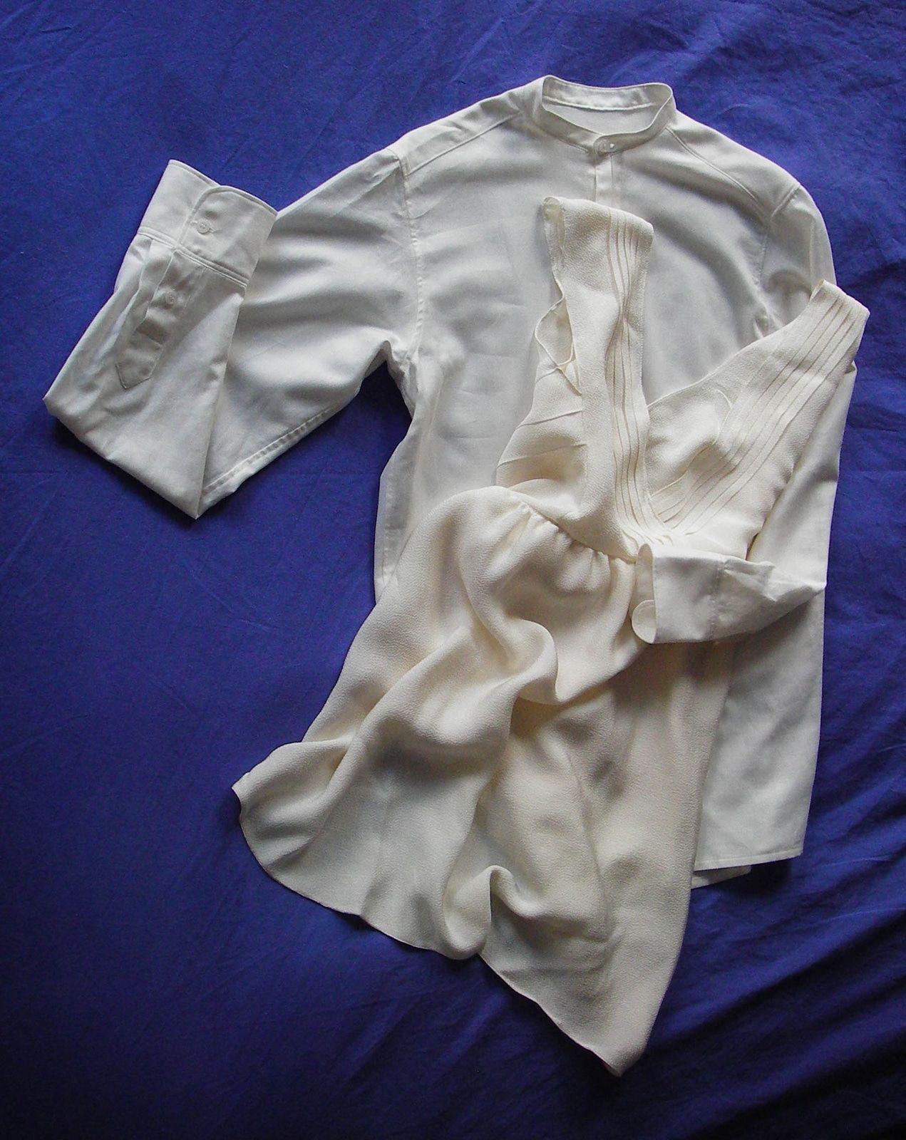 La valse des maries – Robe en crepe de soie ecru – Details de plis – Dos nu et plisse – Alice C