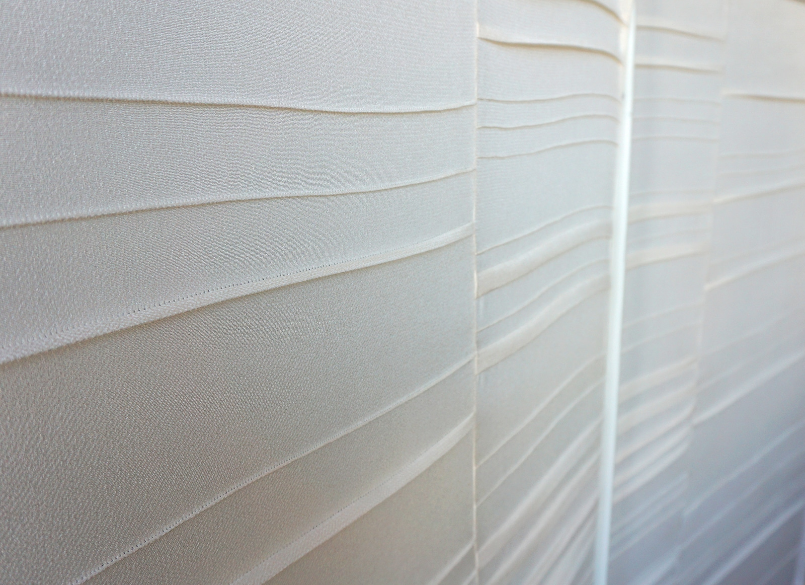 Detail plis – Paravent – Tissu crepe de soie japonais ecru – 2