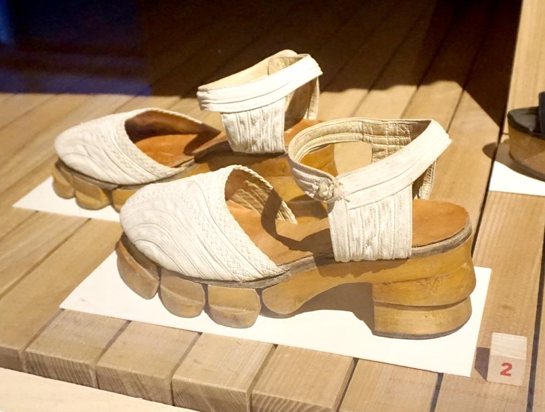 Exposition-Marche-et-demarche---Une-histoire-de-la-chaussure---Blog-Novembre-2019---6