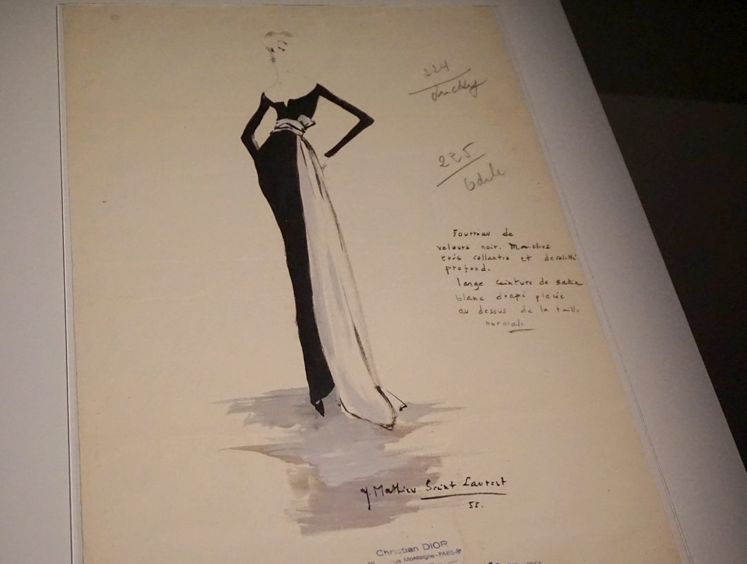 Exposition Harpers Bazaar - Premier magazine de mode - Blog Septembre 2020 - 9